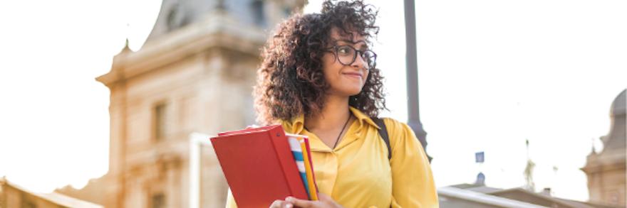 Étudiants étrangers en France : demande en ligne de titre de séjour