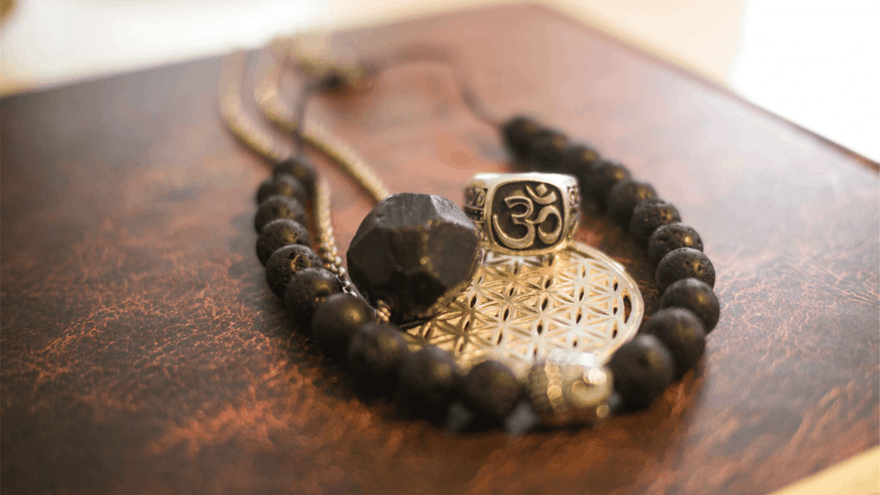 The origin and benefits of Om mantra chant