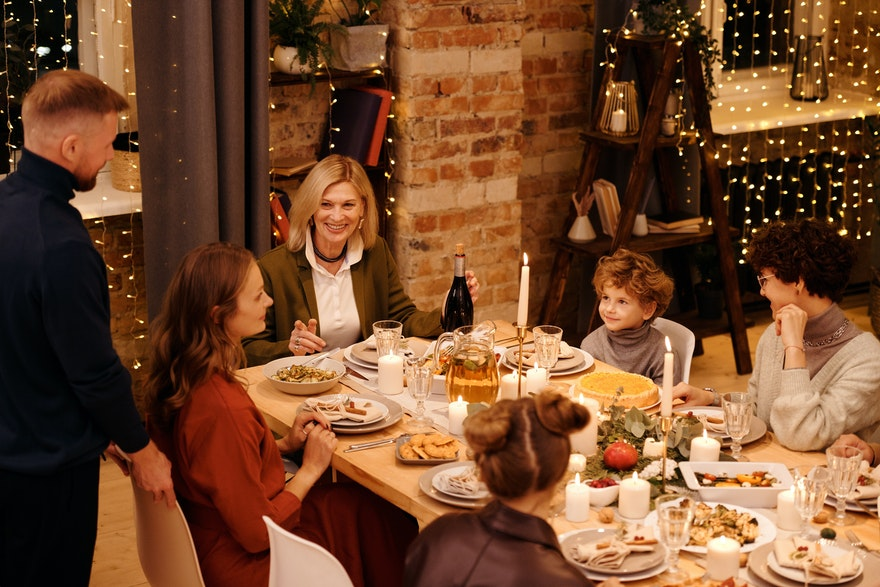 How can I manage meals during the holidays season?