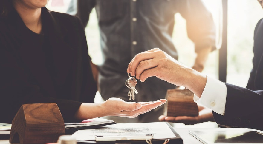 Acte de vente maison : tout ce qu'il faut savoir avant de signer