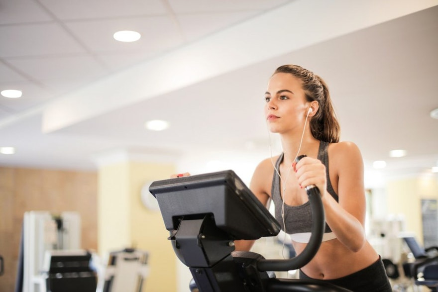 HOW TO INCREASE YOUR FITNESS CENTER'S REVENUE WITH SMS TEXTING