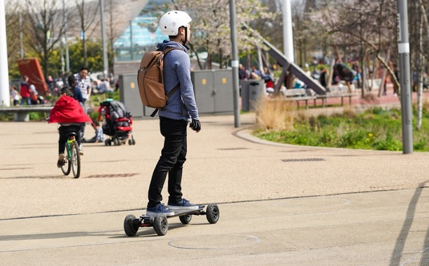 Best Hover Board 2021 : Buyer's Guide