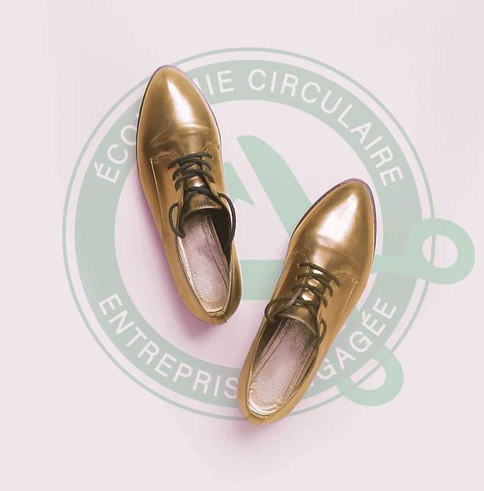 Chaussures logo vert.jpg